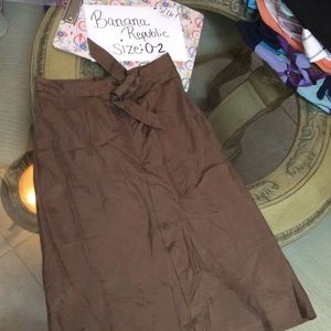 Banana Republic High-Waist Silk Skirt, size 0-2